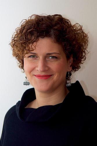 Leona Dyrehauge